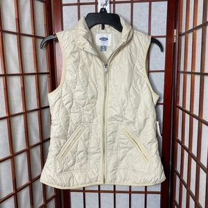 Old navy nwt cream quilted vest